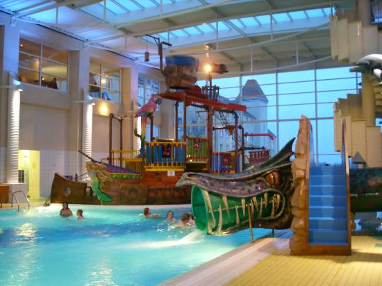 Piscine de l 39 algonquin 39 s explorers hotel for Piscine hotel paris