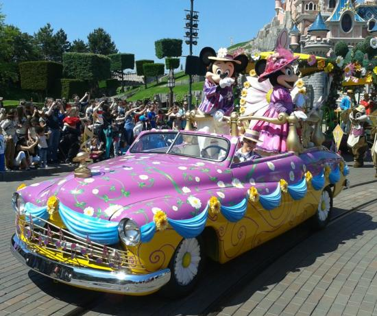 Spring Parade Disneyland Paris