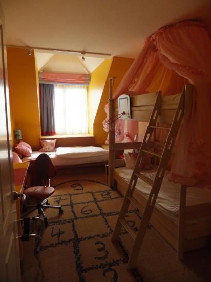 La chambre fille de la Suite Royale du Dream Castle
