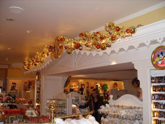 la boutique Disney du Disneyland Hotel