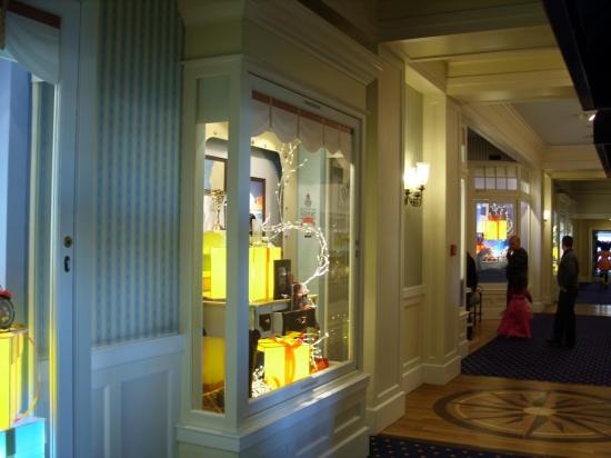 Boutique du Disney Newport Bay Club