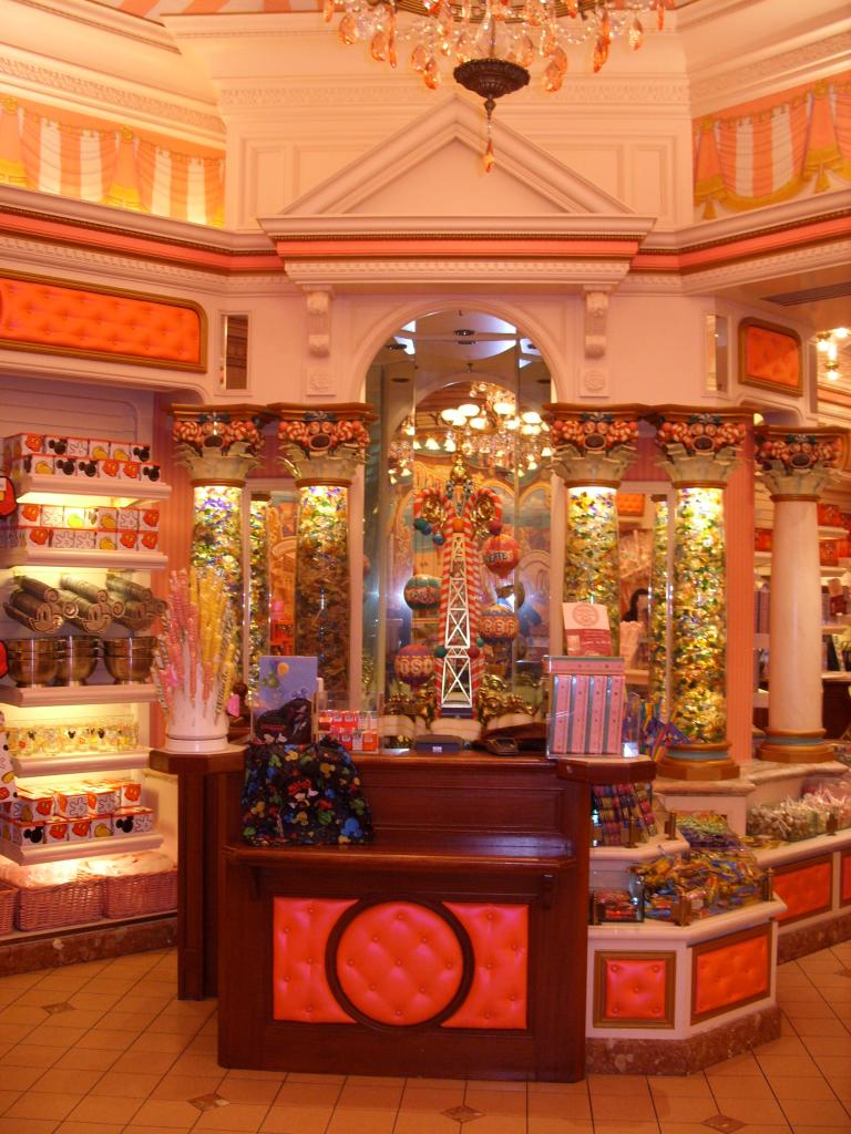 Boardwalk candy hotel de gran lujo disneyland par s for Candy hotel