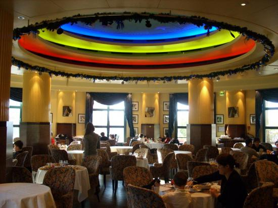 salle de restaurant hotel Disney New York